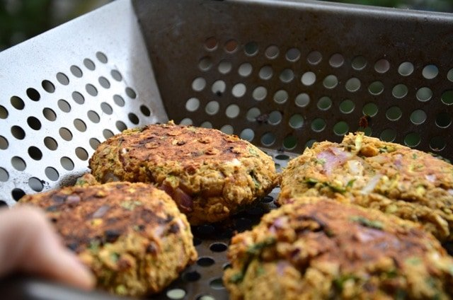 Spicy Chickpea Veggie Burgers (Vegan, Gluten-Free)