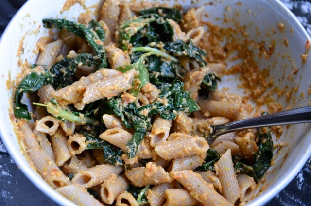 Roasted Red Pepper Pesto Pasta with Kale
