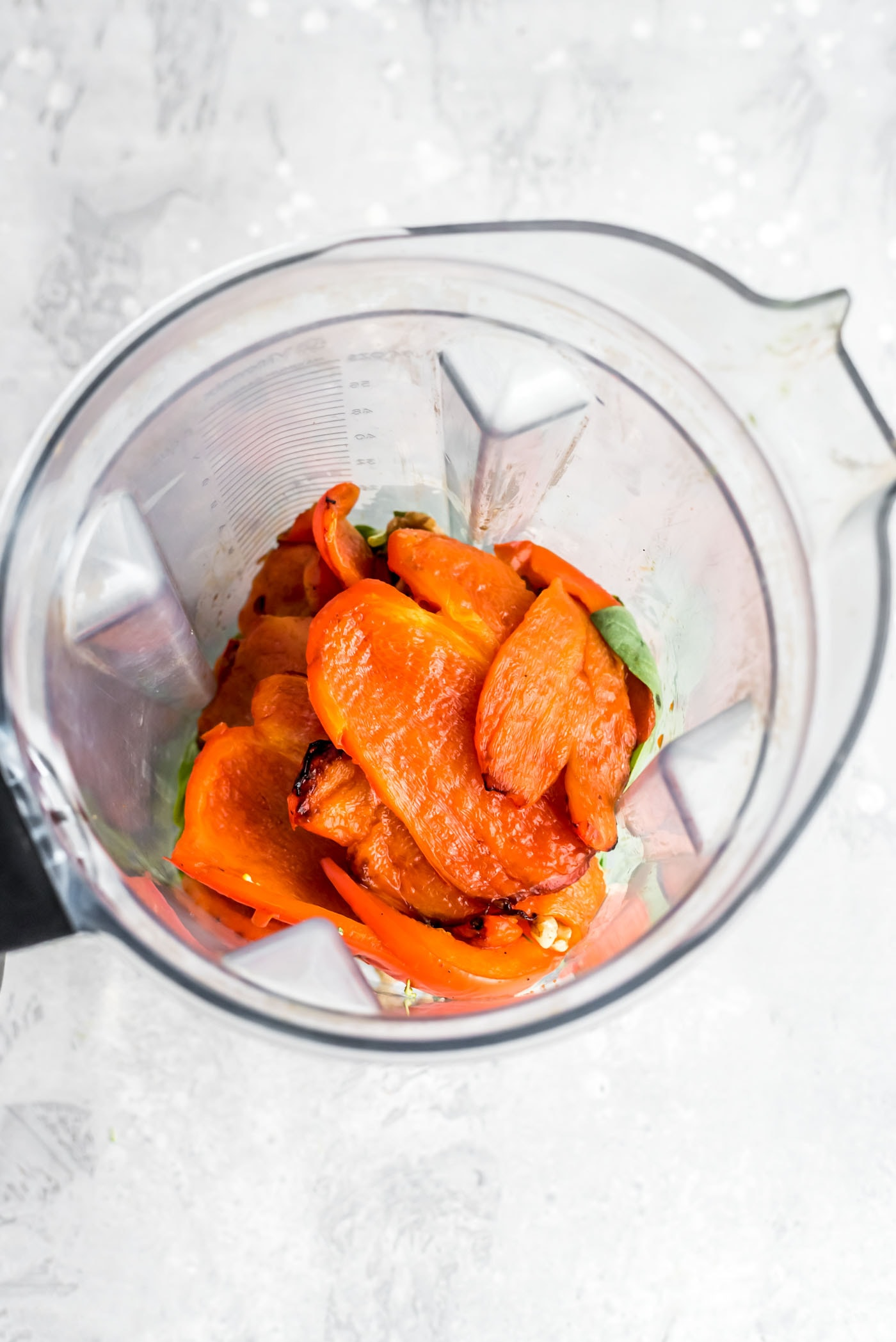 How to Make Roasted Red Pepper Pesto Pasta - Running on Real Food
