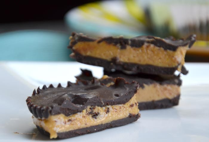 Vegan Chocolate Peanut Butter Cups - These are so easy to make with just a few simple ingredients! Gluten-Free, No Refined Sugar