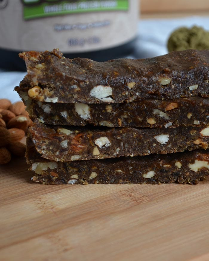 No-Bake Vegan Hemp Protein Bars - Healthy, delicious and ready in minutes!
