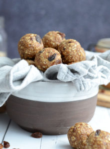 Oatmeal Raisin Cookie Dough Bites