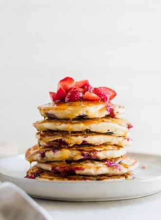Oil-Free Vegan Banana Pancakes Recipe