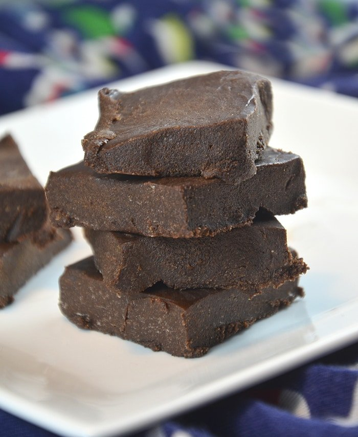 4-Ingredient Vegan Hemp Protein Fudge