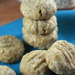 Vegan Peanut Butter Oatmeal Cookies - Super, easy to make, peanut buttery goodness from Running on Real Food! #dairyfree
