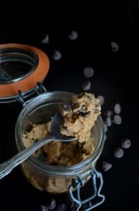 Vegan Peanut Butter Chocolate Chip Cookie Dough