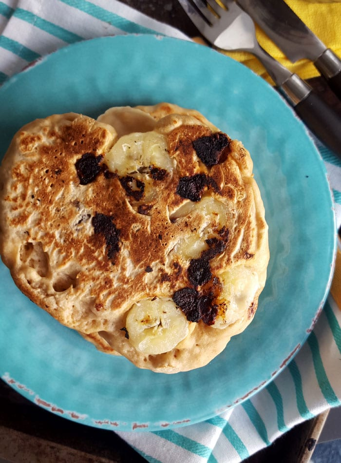 4-Ingredient Fluffy Vegan Protein Pancakes | oil-free