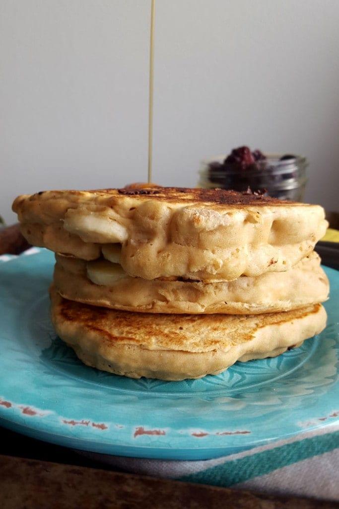 4-Ingredient Mega Fluffy Vegan Protein Pancakes