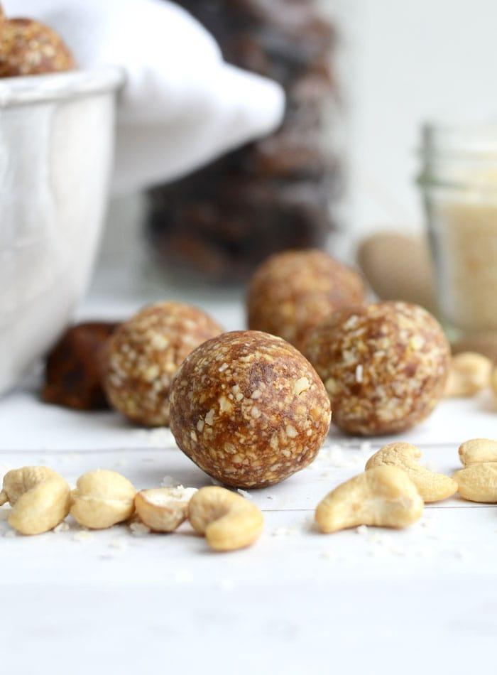 Raw Vegan Cashew Coconut Balls for Natural Energy