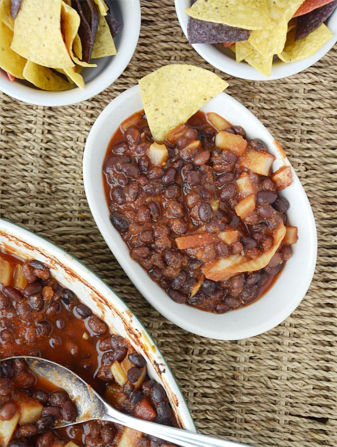 Easy Healthy Vegan Baked Beans - Only a few minutes of prep for a whole lot of flavour!