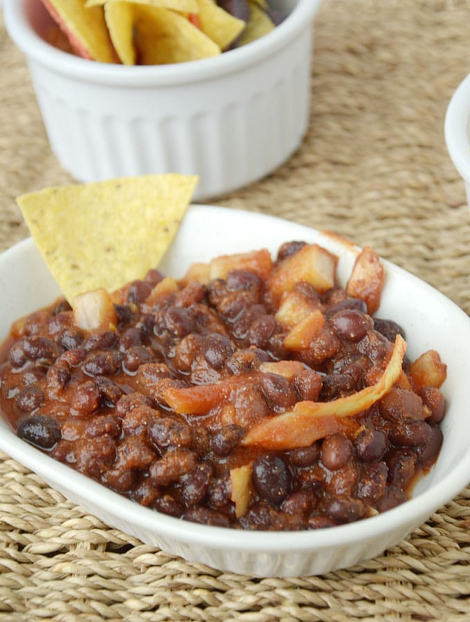 Easy Healthy Vegan Baked Beans - Use as a healthy chip dip!