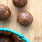 Healthy Vegan Banana Bread Balls