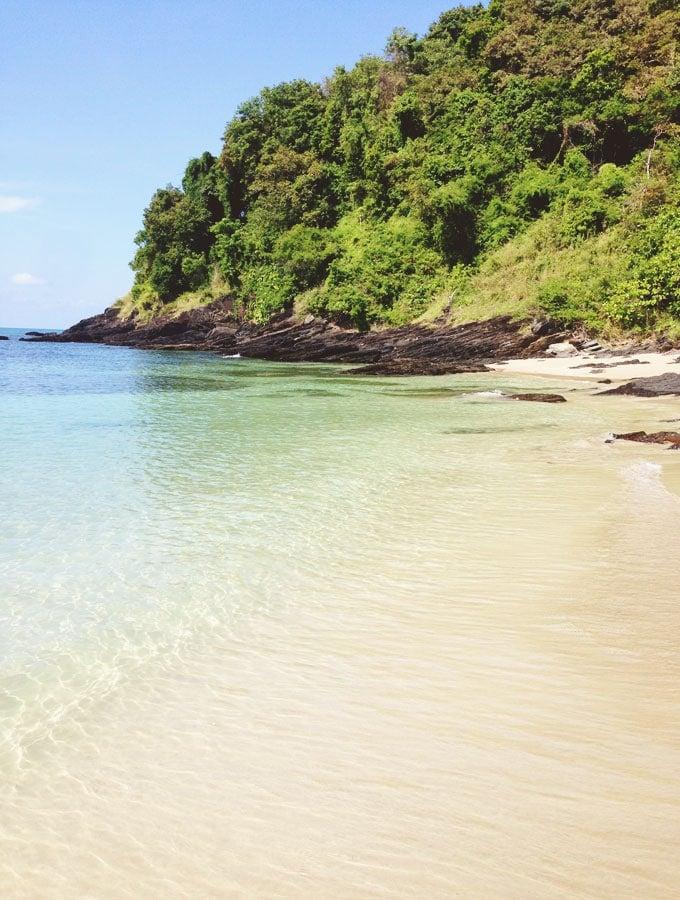 koh-lanta-thailand-mai-phi-beach