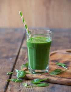 Green Vanilla Caramel Smoothie with Renew Life Skinny Gut Ultimate Shake