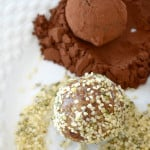Raw Hemp Seed Maca Balls - Just a few ingredients, vegan gluten-free. A perfect, energizing, healthy snack!