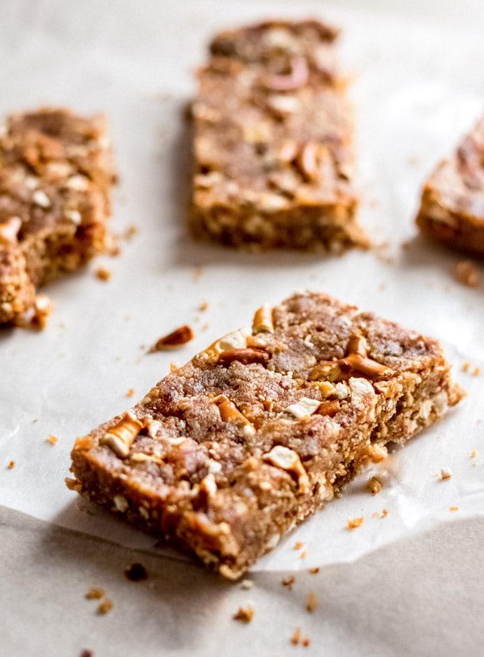 Sweet n' Salty No-Bake Peanut Butter Bars