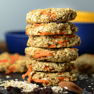 Healthy Coconut Carrot Cake Oatmeal Cookies - Oil-Free, Flourless, Vegan, Low Fat & Carb, Amazing flavour!
