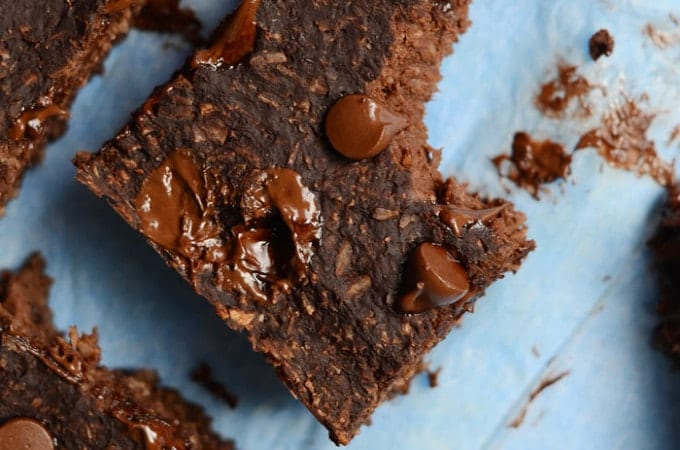 Healthy Vegan Chocolate Coconut Brownies