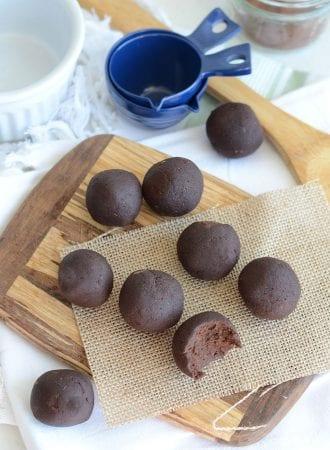 Vegan Chocolate Peanut Butter Protein Balls Vegan Chocolate Peanut Butter Protein Balls