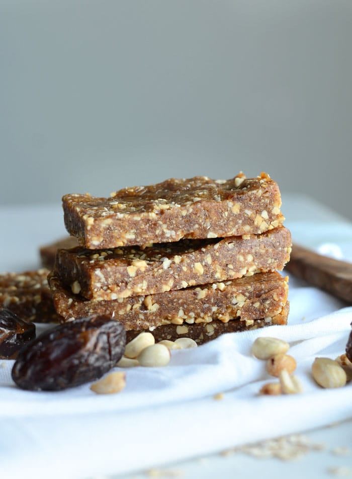 2-Ingredient Salted Peanut Blondie Bars