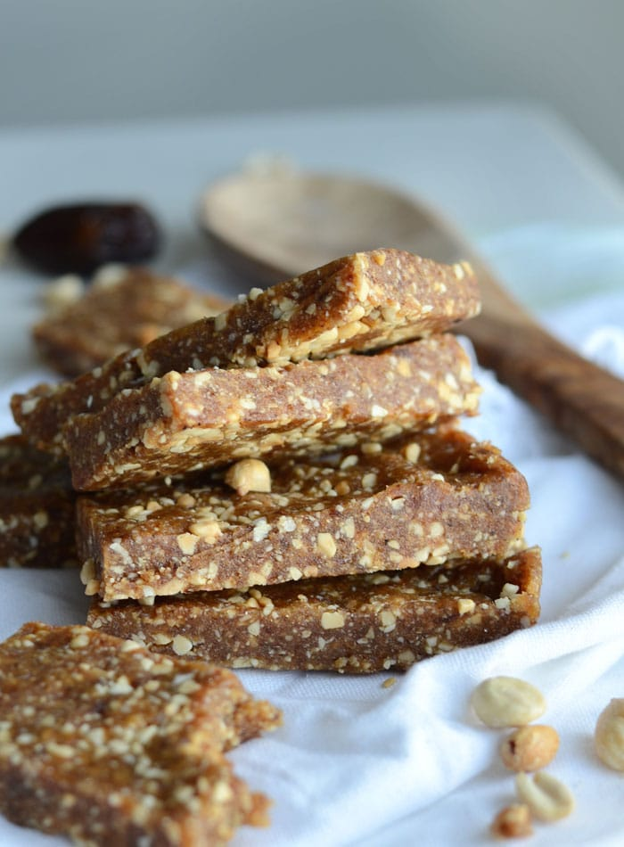 Vegan No-Bake Salted Peanut Date Bars with just 2 Ingredients