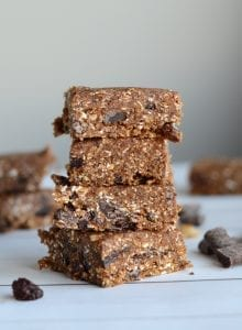 Nut-Free No-Bake Oatmeal Raisin Bars with Chocolate
