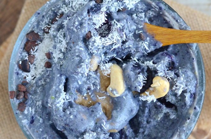 Low-Sugar Blueberry Coconut Smoothie Bowl