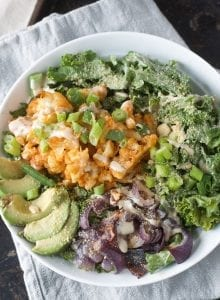 Buffalo Cauliflower Kale Salad | healthy, vegan and gluten-free