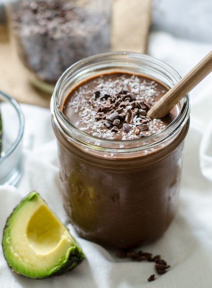 Superfood Chocolate Almond Avocado Smoothie | High in fibre, high in protein, vegan