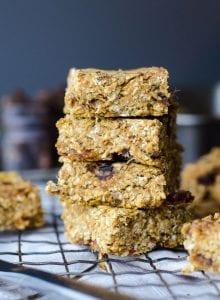 Vegan Baked Pumpkin Oatmeal Bars with Dates - Gluten-Free