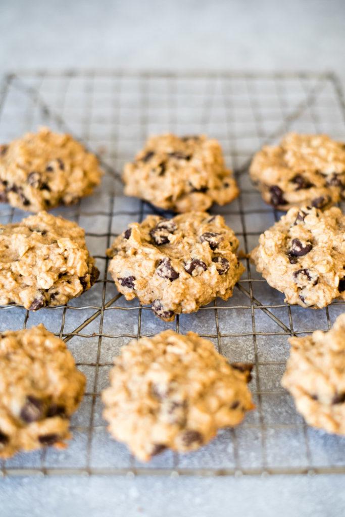 Vegan Peanut Butter Oatmeal Chocolate Chip Cookies