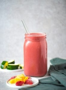 Healthy Creamy Vegan Strawberry Mango Smoothie