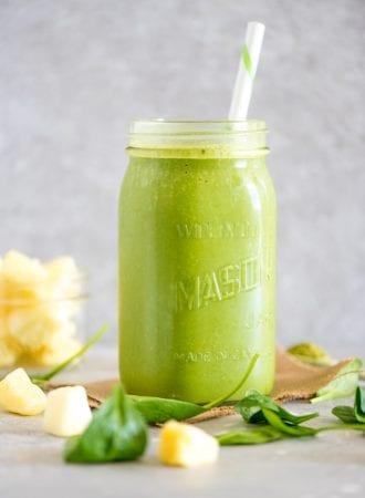 Healthy Green Mango Pineapple Green Smoothie | Vegan