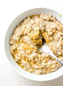 Easy Vegan Creamy Banana Oatmeal