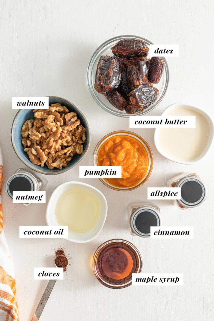 Ingredients for making no-bake vegan pumpkin pie tarts labelled with text overlay.